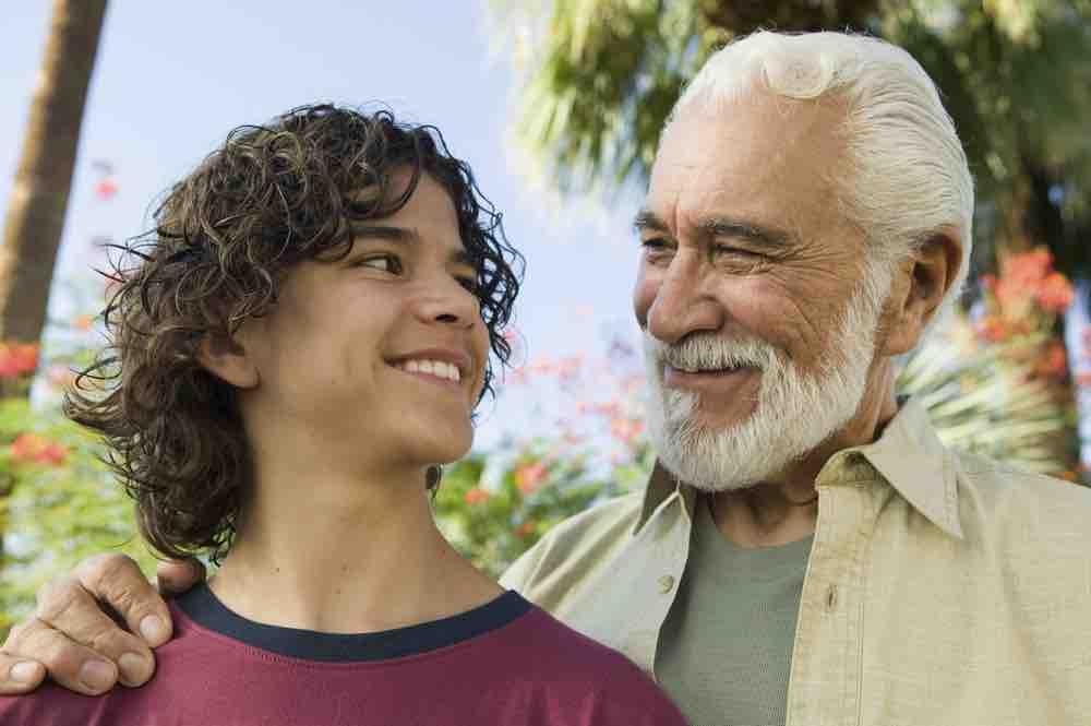 jeune homme demanda à son grand-Père